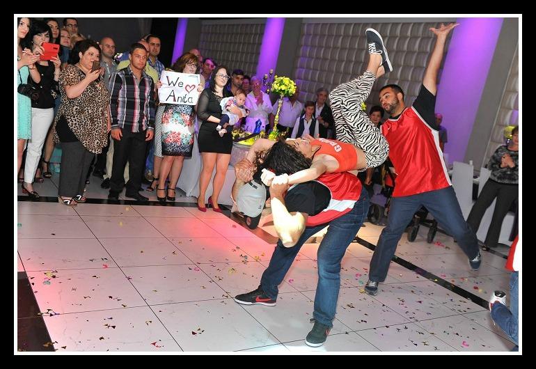 ריקוד-בת-מצווה.jpg